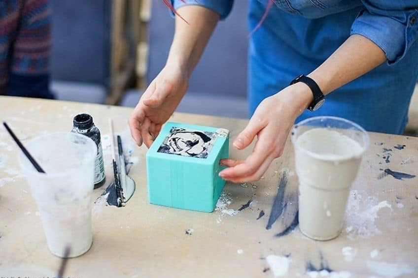 how to make a mold