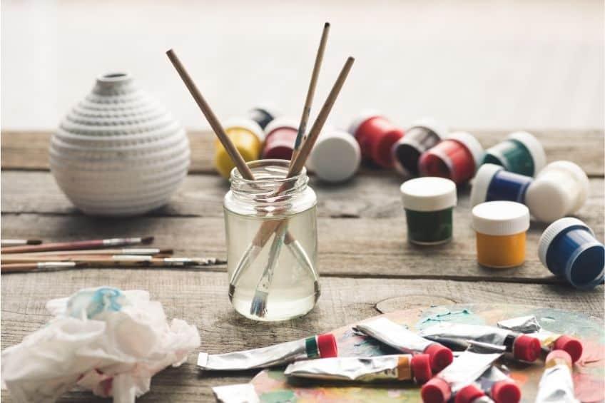 acrlic vs latex paint