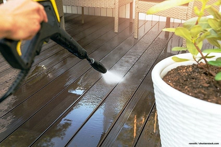 deck cleaners