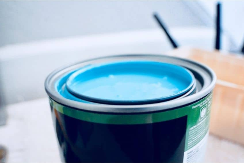 is latex paint water based