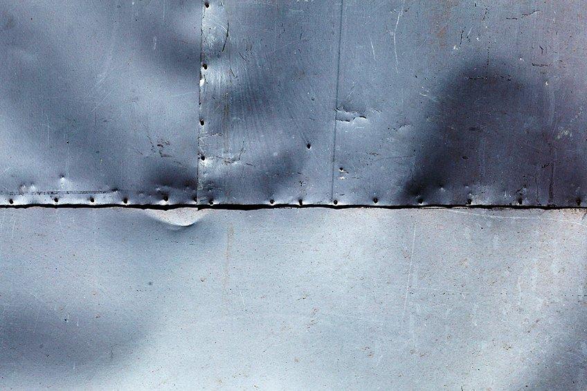gluing metal