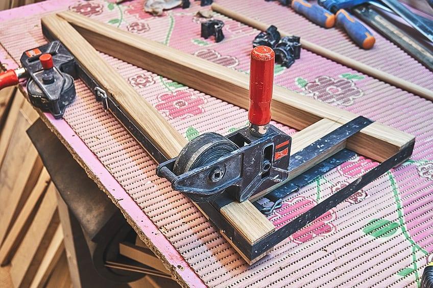 Glue Wood to Metal