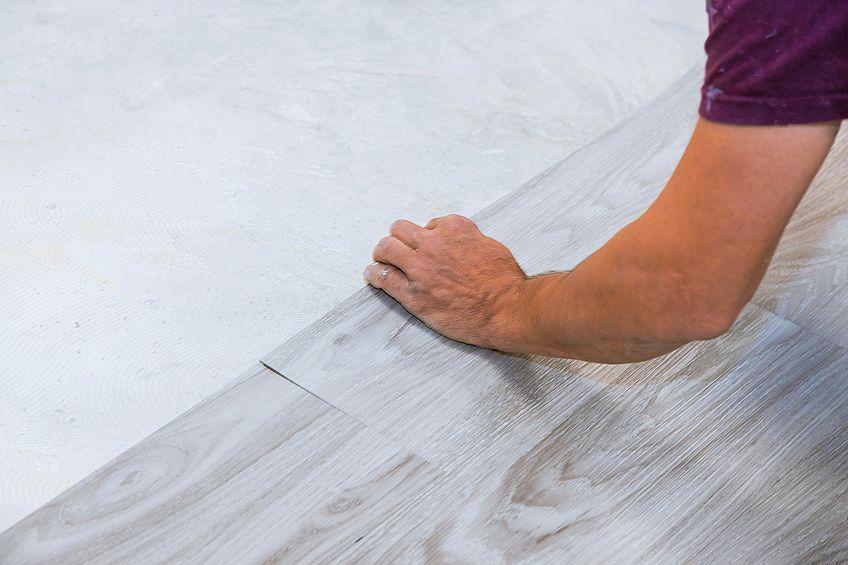 Paint to Cover Plastic PVC Flooring