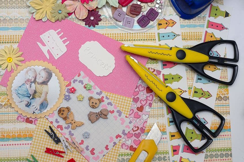 Scrapbooking with Paper Glues