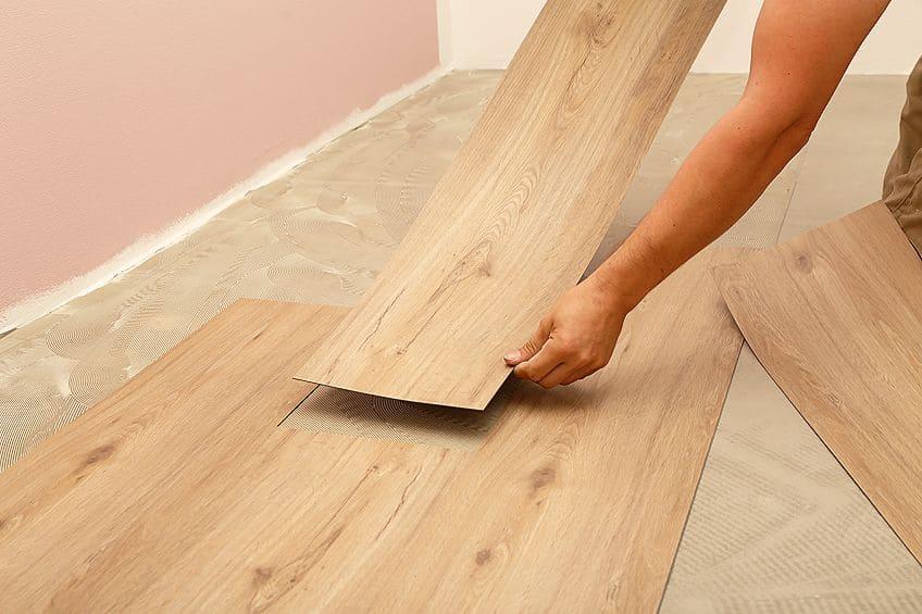 How to Apply Glue for Vinyl Flooring