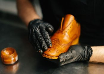 How to Paint Leather